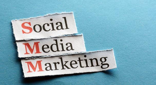 بازاریابی در شبکه های اجتماعی چگونه است ؟